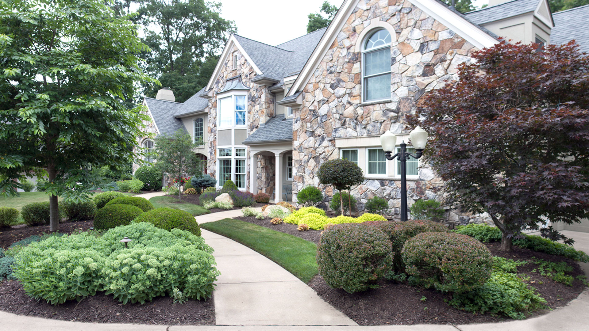 Curb Appeal Increases Home Value